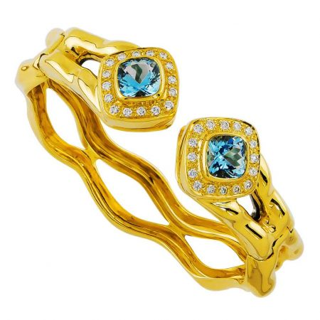 Flowing Lines Blue Topaz Bracelet in Yellow Gold
