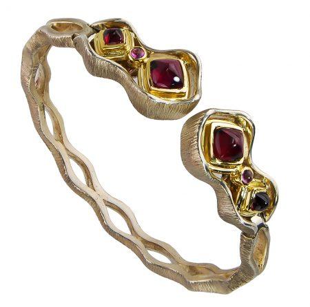 Rhodolite and Gold Cuff Bangle