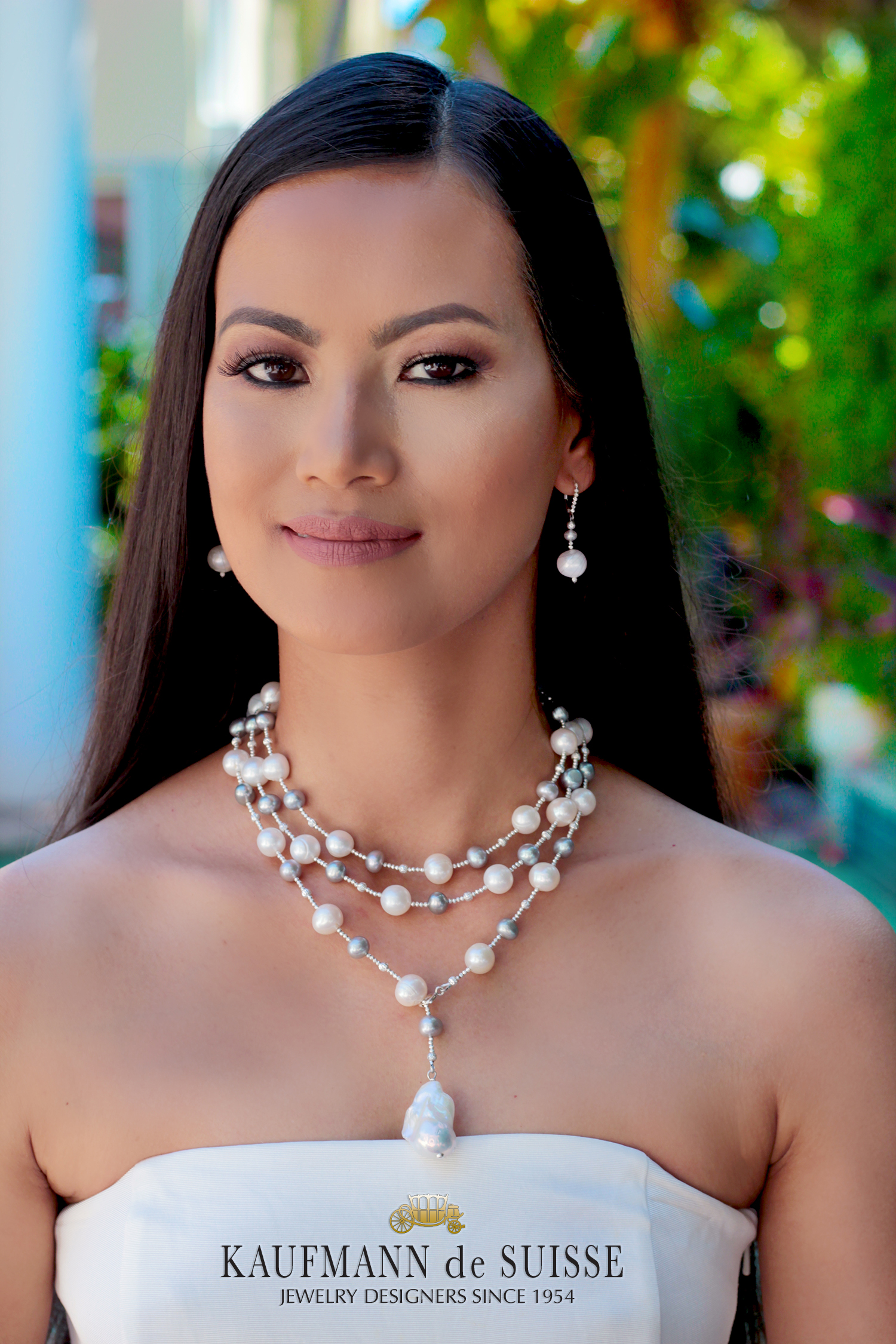 The Palm Beach Lariat in Gray and White Freshwater Pearls