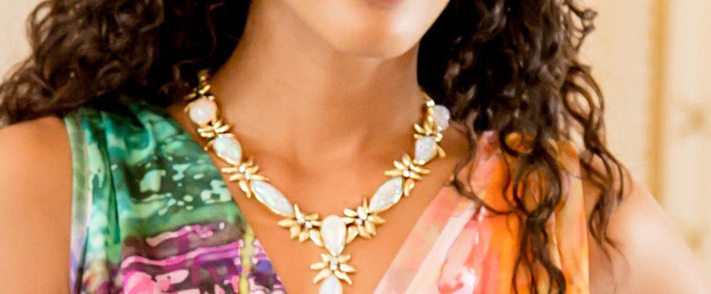 130 CTS Opal & Diamond Necklace